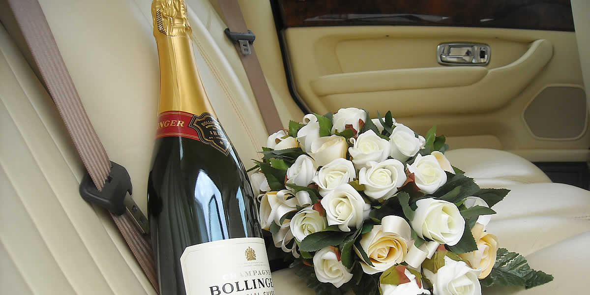 Our immaculate cars add that extra touch for a stylish wedding